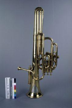 Sudrophone basse en do et si bémol (1900)