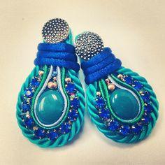 Zarcillos. #zarcillos #earrings #orecchini #hechoenvzla #hechoamano #handmadejewellery #handmadejewelry #handmade #madeinvenezuela #moda2013 #glam #fashion