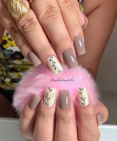 Nail beauty is one of the sine qua non for women. Therefore, different nail designs designed for you Pretty Nail Colors, Pretty Nail Art, Lace Nails, Flower Nails, Hair And Nails, My Nails, Kawaii Nails, Diva Nails, Different Nail Designs