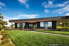 Wendy house plans and ideas australia — Grand Designs Australia, Prefabricated Houses, Prefab Homes, Modular Homes, Building Exterior, Building A New Home, Apartment Front Doors, Prefab Shipping Container Homes, Mcm House