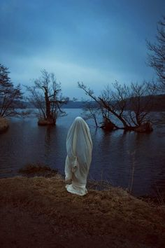 Lasse Hoile.  She conceals her identity to avoid interruption.