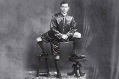 Telex: Egy háromlábú, kétpéniszű szicíliai férfi volt a 19. századi cirkuszok gigasztárja Joker, Batman, Superhero, Fictional Characters, America, The Joker, Fantasy Characters, Jokers, Comedians