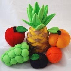 Favorite+Fruit+Felt+Food+Patterns+&+Instructions