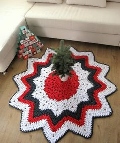 Crochet Home, Tree Skirts, Christmas Tree, Holidays, Blanket, Rugs, Decoration, Holiday Decor, Design