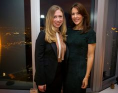 Princess Mary had dinner in the company of Chelsea Clinton, vice president of the Clinton Foundation. The dinner was organized by the Consul of Denmark.