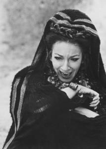 """""""Della misera donna di Colco udito ho la voce, le grida.."""" #Leucò/21/Euripide-Pasolini"""