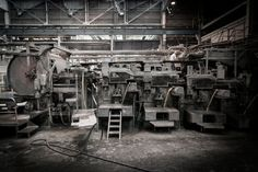 EQUITONE fibre cement production process: Hatscheck machine.
