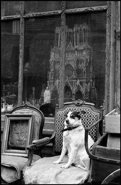 Paris, 1958. Photo: Inge Morath.