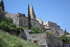 Crestet, eeuwenoud dorpje bij Vaison-la-Romaine - Frankrijk Puur