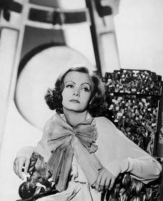 size: Photo: Greta Garbo Hollywood, 1932 (b/w photo) : Hollywood Divas, Hooray For Hollywood, Vintage Hollywood, Hollywood Actresses, Classic Hollywood, Classic Actresses, Hollywood Icons, Hollywood Fashion, Classic Movies