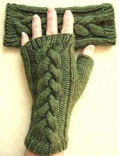 . . . . . . . . . . . . El detalle que hace la diferencia: Accesorios tejidos invernales: cuello, guantes, bandas...