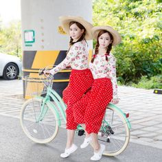 Crayon Pop's sub-unit Strawberry Milk show off their countryside fashion in 3rd round of teaser images | http://www.allkpop.com/article/2014/10/crayon-pops-sub-unit-strawberry-milk-show-off-their-countryside-fashion-in-3rd-round-of-teaser-images