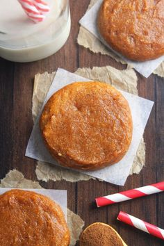 Uses coconut flour! Pumpkin Pie Protein Cookies -- these skinny, protein-packed cookies don't taste healthy at all! Just 78 calories & acceptable for breakfast! Healthy Sweet Treats, Healthy Baking, Healthy Desserts, Yogurt Breakfast, Easy Healthy Breakfast, Protein Powder Recipes, Protein Recipes, Healthy Recipes, Protein Foods