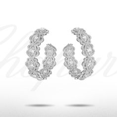 The first Chopard diamond earrings to have been set in sustainably sourced Fair Mined gold from artisanal community mines in South America, supported by the Alliance for Responsible Mining (ARM). I Love Jewelry, Jewelry Design, Chopard, Diamond Earrings, Jewelery, Jewelry Accessories, Artisan, Bling, Pearls