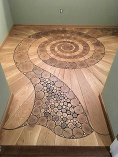 This is a pretty pattern for a shower done in tile - Holzprojekte Woodworking Plans, Woodworking Projects, Woodworking Patterns, Floor Design, House Design, Earthship, Pretty Patterns, Wooden Flooring, Hardwood Floors