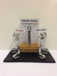 Político feito com garfos. Visite o meu BLOG: saulrogerioartesanato.blogspot.pt