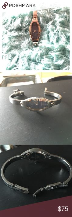 FOSSIL STAINLESS STEEL WATCH Silver Fossil Stainless Steel Watch, Plastic still on back of watch, EXCELLENT CONDITION, NO DAMAGE, NO FLAWS, NEVER WORN. NEEDS BATTERY, NO BOX. Fossil Jewelry Bracelets
