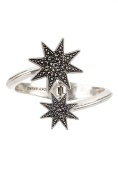 I love this Star Hinge Cuff Bracelet by Lucky Brand  Only $27,00  http://www.hautelook.com/short/3Cr6b
