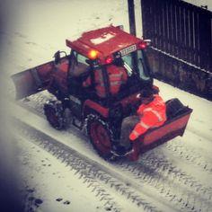 #linz #winterdienst #awesome #safetyfirst #police #lnz #austria #linzpictures #snowpatrol #schnee #schneepflug #winter #einsatz #auva #safety #work #kalt #herewego