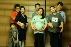 Simultaneous birth of babies from triplet sisters amazes South Korea | http://www.allkpop.com/buzz/2015/07/simultaneous-birth-of-babies-from-triplet-sisters-amazes-south-korea