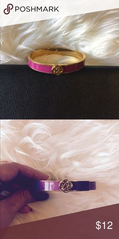 Stella and Dot Fuschia Lindsay Bangle Excellent condition- sorry no original box Stella & Dot Jewelry Bracelets