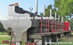 The world's largest barbecue pit, located near Brenham, Texas. The pit is longer than a tanker truck. Pit Bbq, Size Of Texas, Large Bbq, Worlds Largest, Photos, Canning, Design, Oil News, Opportunity