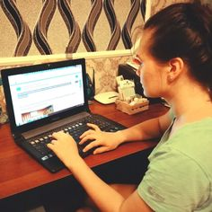 Regina helps UNAI with its website in Russian