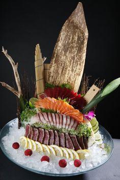 Japanese Sashimi, Japanese Food Sushi, Sushi Sauce, Food Plating Techniques, Sashimi Sushi, Sushi Party, Ceviche, Fabulous Foods, Food Art