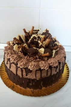 Romanian Desserts, Jamie Oliver, Mousse, Sweet Treats, Ice Cream, Sweets, Chocolate Cakes, Candy, Recipes