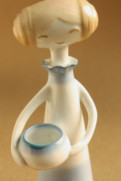 Retro porcelain: Girl with bowl - Aquincum porcelán Architecture Graphics, Lany, Ceramic Bowls, Clay Art, Art Deco, Porcelain, Pottery, Plates, Ceramics