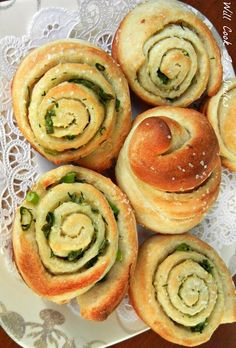 Chive Garlic and Herb Rolls