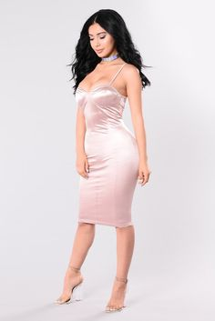 Rockin That Thing Dress - Dusty Pink