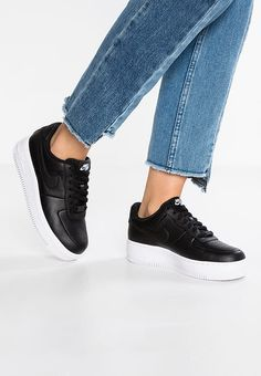 6d884bb3cbfd8 Chaussures Nike Sportswear AIR FORCE 1 UPSTEP - Baskets basses -  black white noir