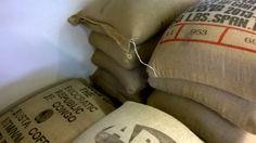 Nel 1999 apre a Parma il primo Lino's Coffee, rapidamente seguito da altri locali in città e Provincia. www.linoscoffee.com