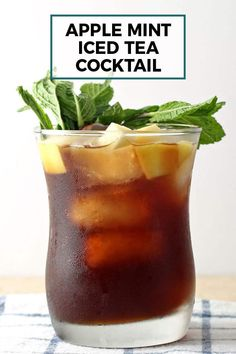 This apple mint iced tea cocktail is delicious, refreshing, and perfect for spring and summer! Make one today to celebrate warmer weather.