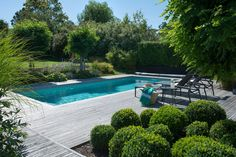 Having a pool sounds awesome especially if you are working with the best backyard pool landscaping ideas there is. How you design a proper backyard with a pool matters. Backyard Pool Landscaping, Backyard Pool Designs, Swimming Pool Designs, Front Yard Landscaping, Driveway Landscaping, Country Landscaping, Landscaping Ideas, Outdoor Pool, Outdoor Spaces