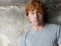 Ron Weasley's coming to Broadway! Rupert Grint — the ginger-haired Hogwarts kid from all eight Harry Potter movies — will make his New York stage debut in. Harry Potter Ron, Fans D'harry Potter, Harry Potter Pictures, Harry Potter Quotes, Potter Facts, Harry Potter Universal, Harry Potter Movies, Ron Weasley, Harry Potter Wallpaper