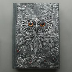 Absolutely amazing polymer clay journals by© Anna Kolesnikova (Mandarin Duck). Take a look at her portfolio, it's really something.