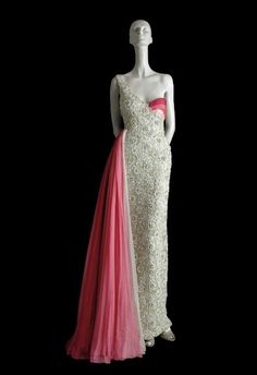 This Valentino Evening Dress was designed for the Mexican actress María Felix .