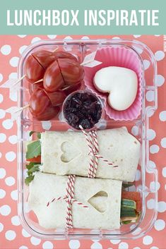 Weer naar school met een lunchbox vol liefde. Ideëen met o.a. wraps voor gezonde lunch om mee te geven aan je kinderen. #DutchBento door moodkids.nl