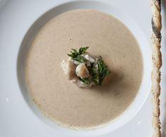 Chestnut and Jerusalem Artichoke Soup Jerusalem Artichoke Soup, Soup Recipes, Drink Recipes, Hummus, Panna Cotta, Vegetables, Ethnic Recipes, Food, Fresh