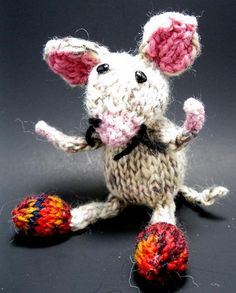 this little mouse...1 by handmadefuzzy, $8.00 USD