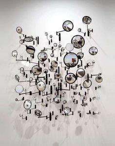 f-l-e-u-r-d-e-l-y-s: Graham Caldwell sculpture. Art Conceptual, Instalation Art, Wal Art, Cerámica Ideas, Decor Ideas, Mirror Art, Mirror Ideas, Oeuvre D'art, Sculpture Art