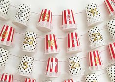 Adventskalender-Ideen: Geschenke-Leine aus Kaffeebechern