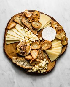 I'll let you in on my secrets on how to make the ultimate pretty-looking cheese board that you'll be proud to post so everyone drools over their phones. Cheese Log, Wine Cheese, Antipasto, Cheese Recipes, Appetizer Recipes, Baked Ricotta, Bakery Branding, Dried Berries, Candied Nuts
