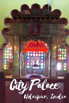 Udaipur City Palace is one of the top things to do in Udaipur city of Rajasthan in India.