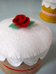 little felt cakes.