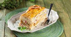 A textura do molho de camarão com o crocante da massa folhada, faz desta entrada uma ótima opção para um jantar com amigos