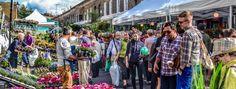Chaque dimanche, les vendeurs de fleurs ouvrent leurs stands et investissent Columbia Road. Vous y trouverez de magnifiques fleurs pour 3 fois rien, et c'est une excellente raison de mettre le nez dehors un dimanche !