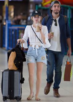 Lucy hale- Airport fashion